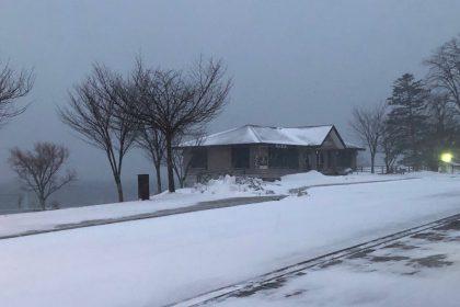 中禅寺湖雪景色